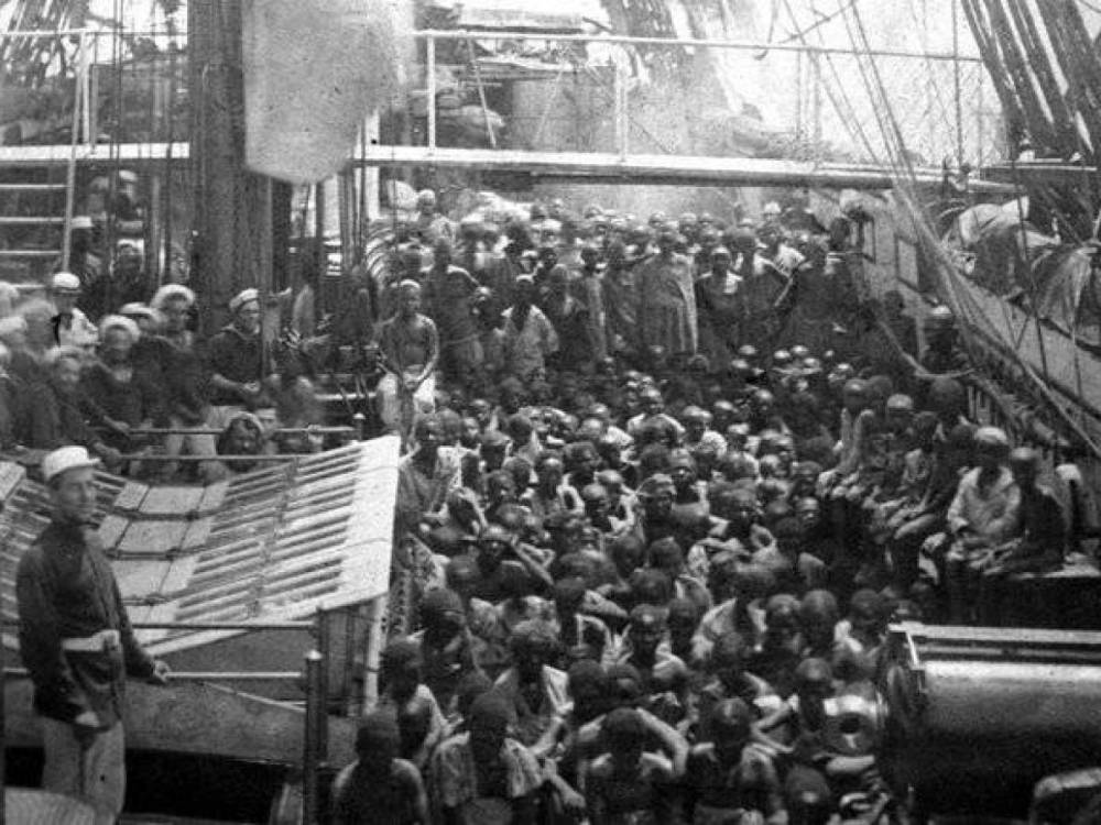 Middle-Passage-Slavery-Dark-American-History-Africa-Slaveship-Zong-massacre